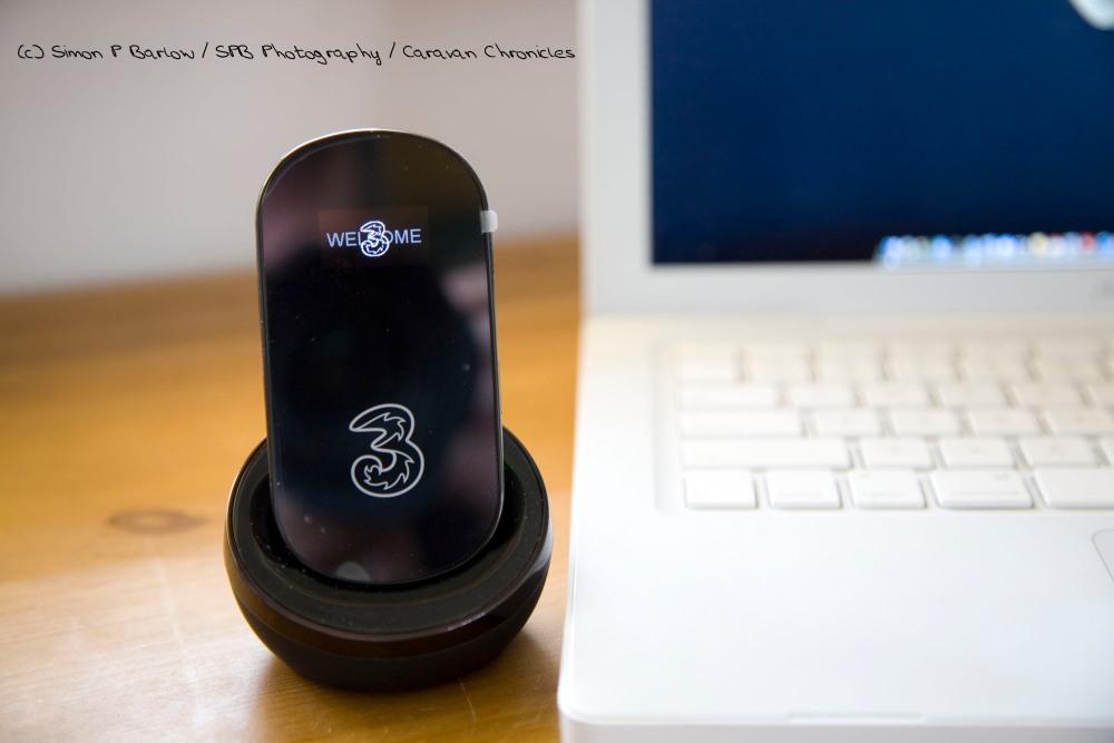 Huawei E586 Wireless Modem (2/4)