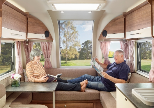 19_Pegasus Grande Couple G Shaped Lounge